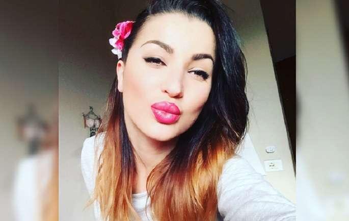 Roza-Lati-sexy-girl