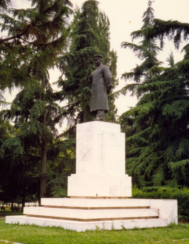 staline_a_tirana
