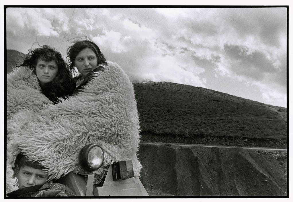 ALBANIA. 1999. Kosovar refugees on the road.