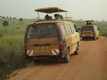 tour game viewing safari van uganda