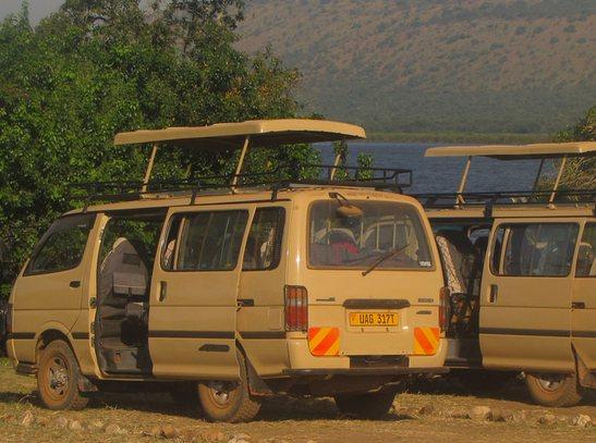 uganda-safari-vehicles