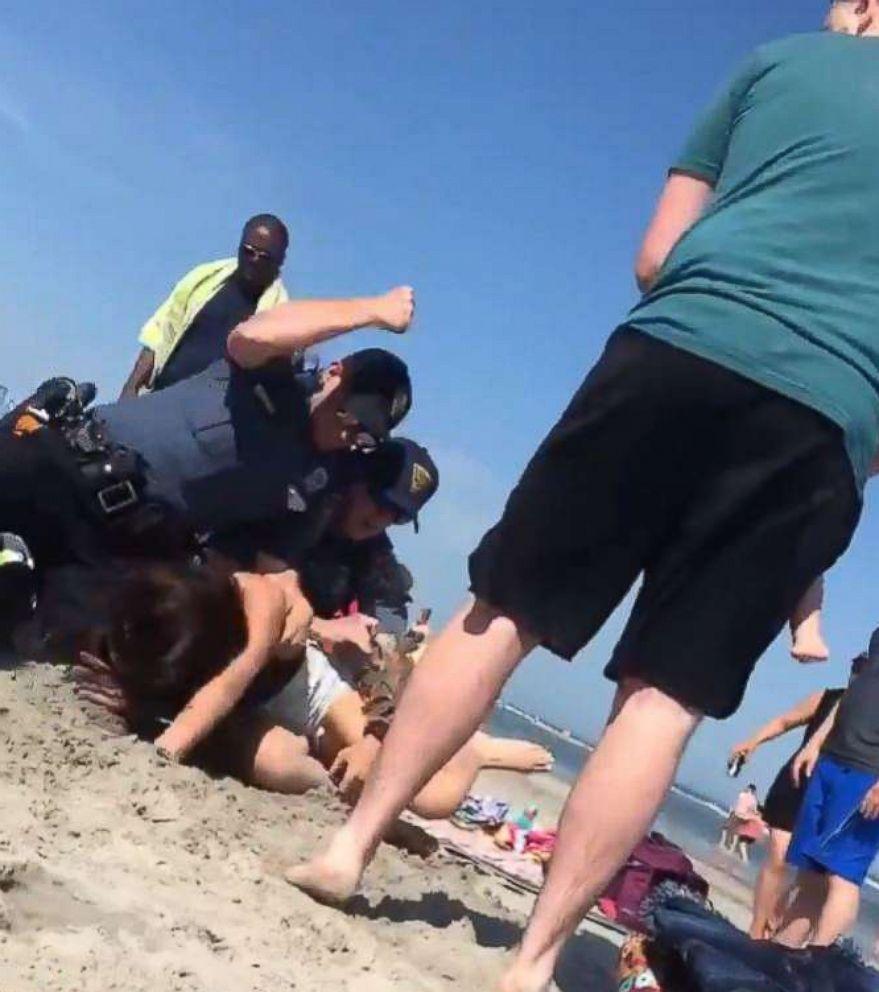 wildwood-beach-police-scene-1-ht-jt-180527_hpEmbed_8x9_992