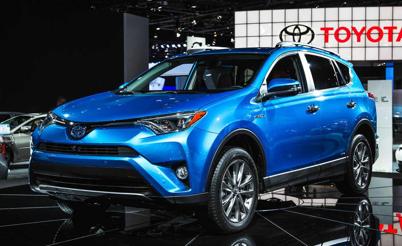 2016-toyota-rav4-photos-and-info-news-car-and-driver-photo-663841-s-original