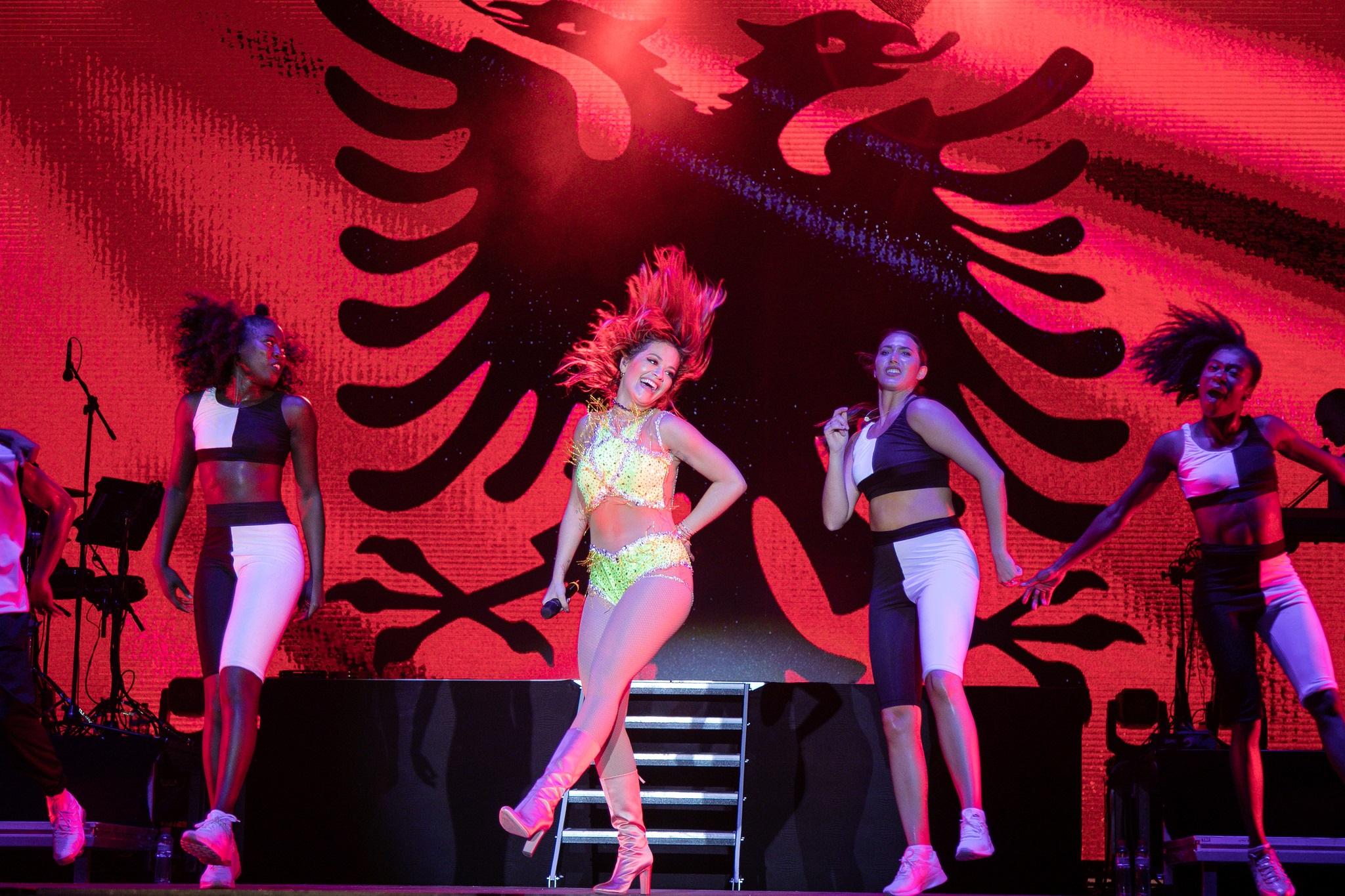 Rita Ora gjate koncertit (1)