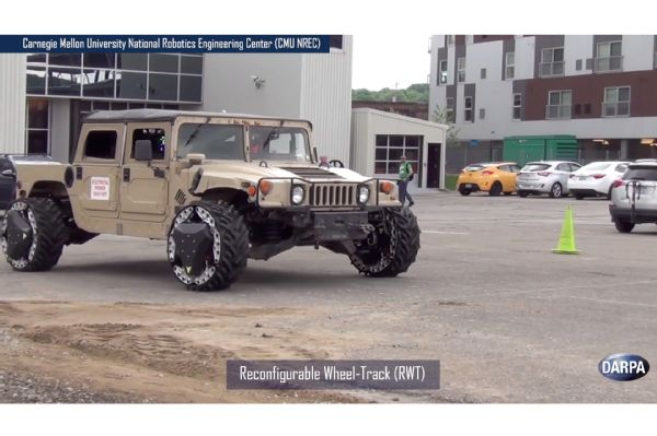 darpa-reconfigurable-wheel-tread-rwt-in-motion-06
