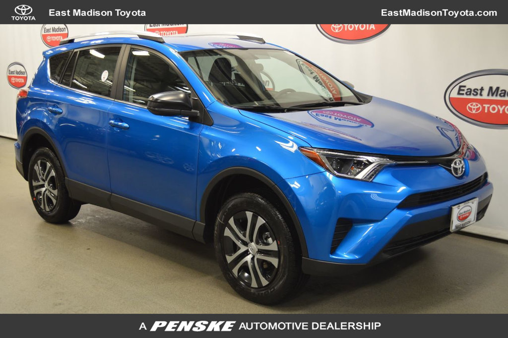 new-2018-toyota-rav4-leawd-11144-17336842-1-1024
