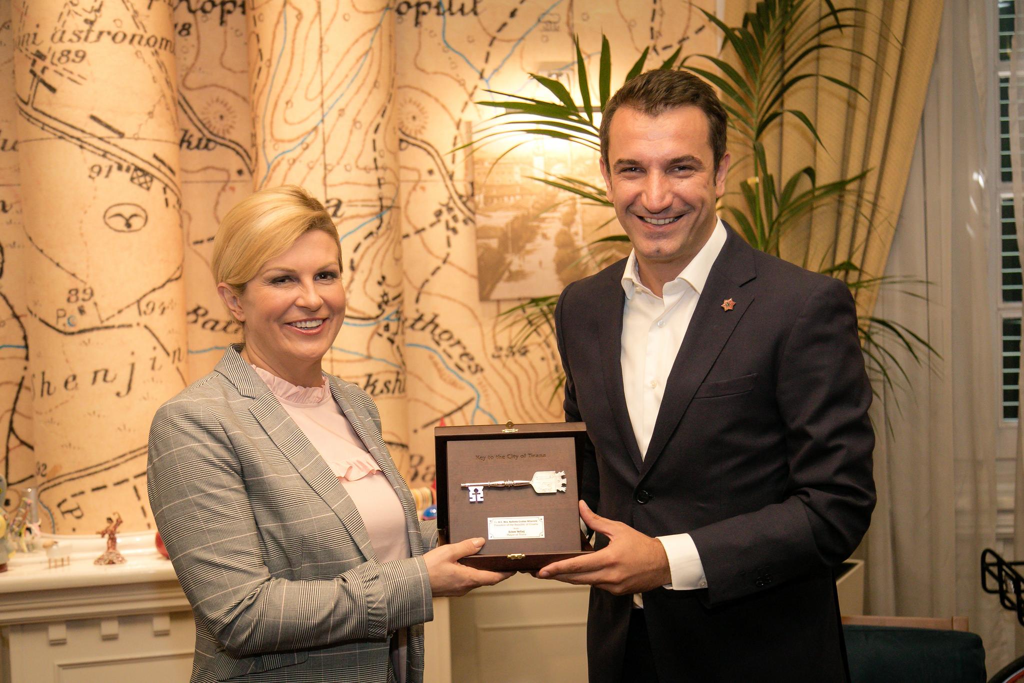 Veliaj-gjate-takimin-me-Presidenten-Kroate-1