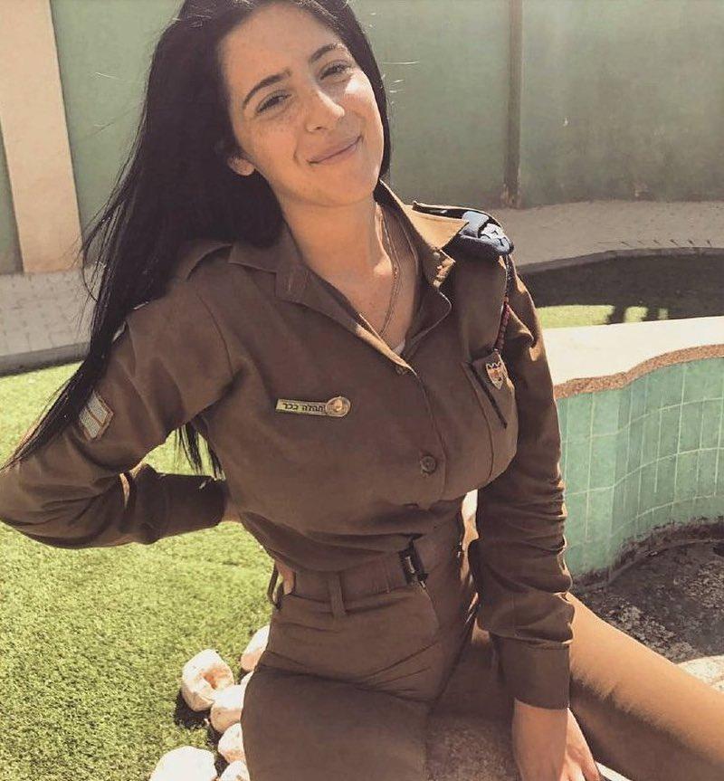 girlsdefense_21_7_2018_20_31_29_108