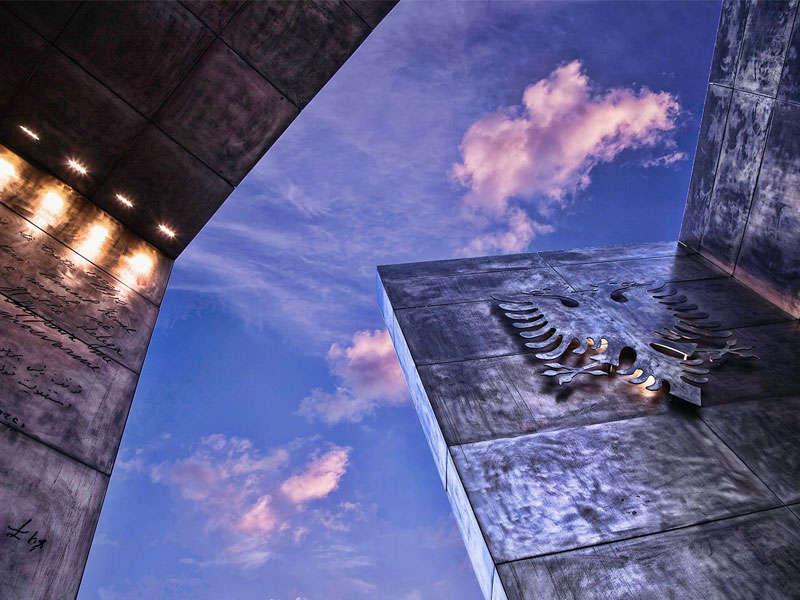 96_Independence_monument_tirana