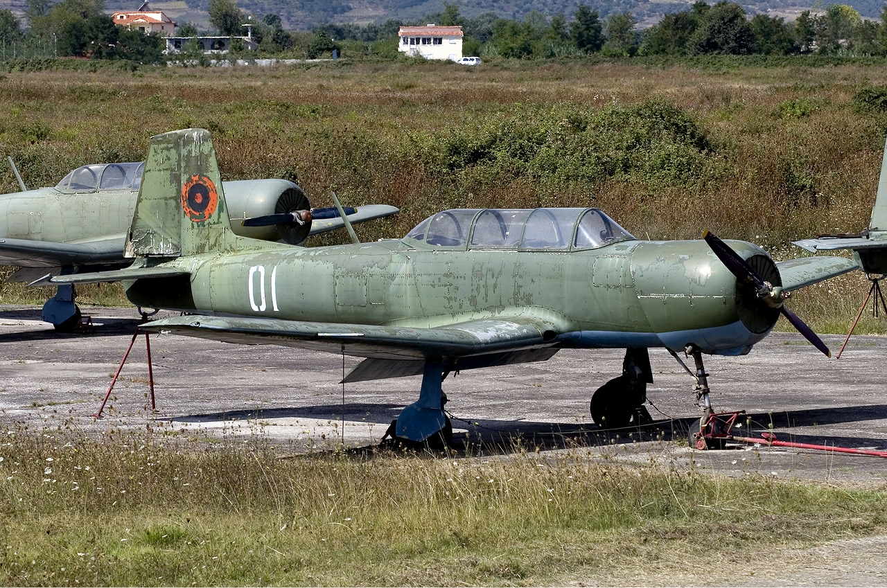 Albanian_Air_Force_Nanchang_PT-6_Lofting-1