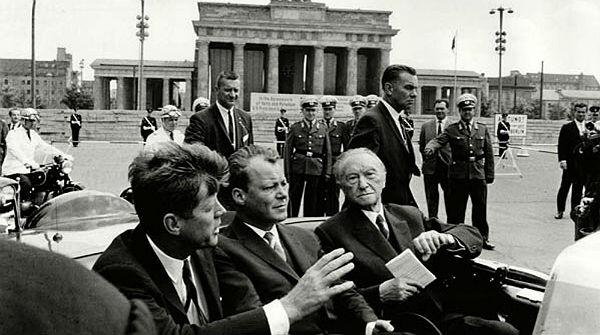 discurso-del-entonces-presidente-eeuu-john-kennedy-berlin-junio-1963-1371655931389