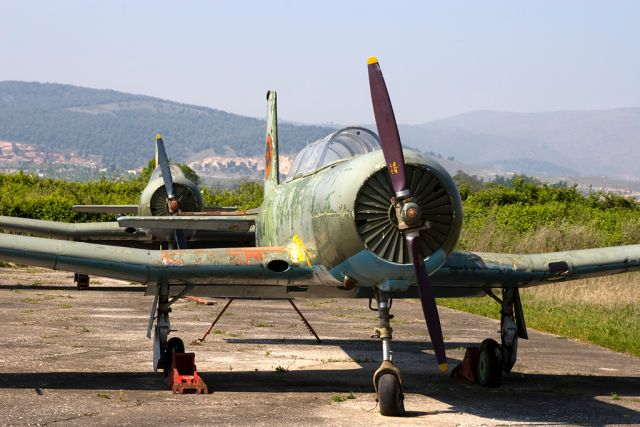 kucove-abandoned-aircraft-graveyard-3_1479713467-2770312