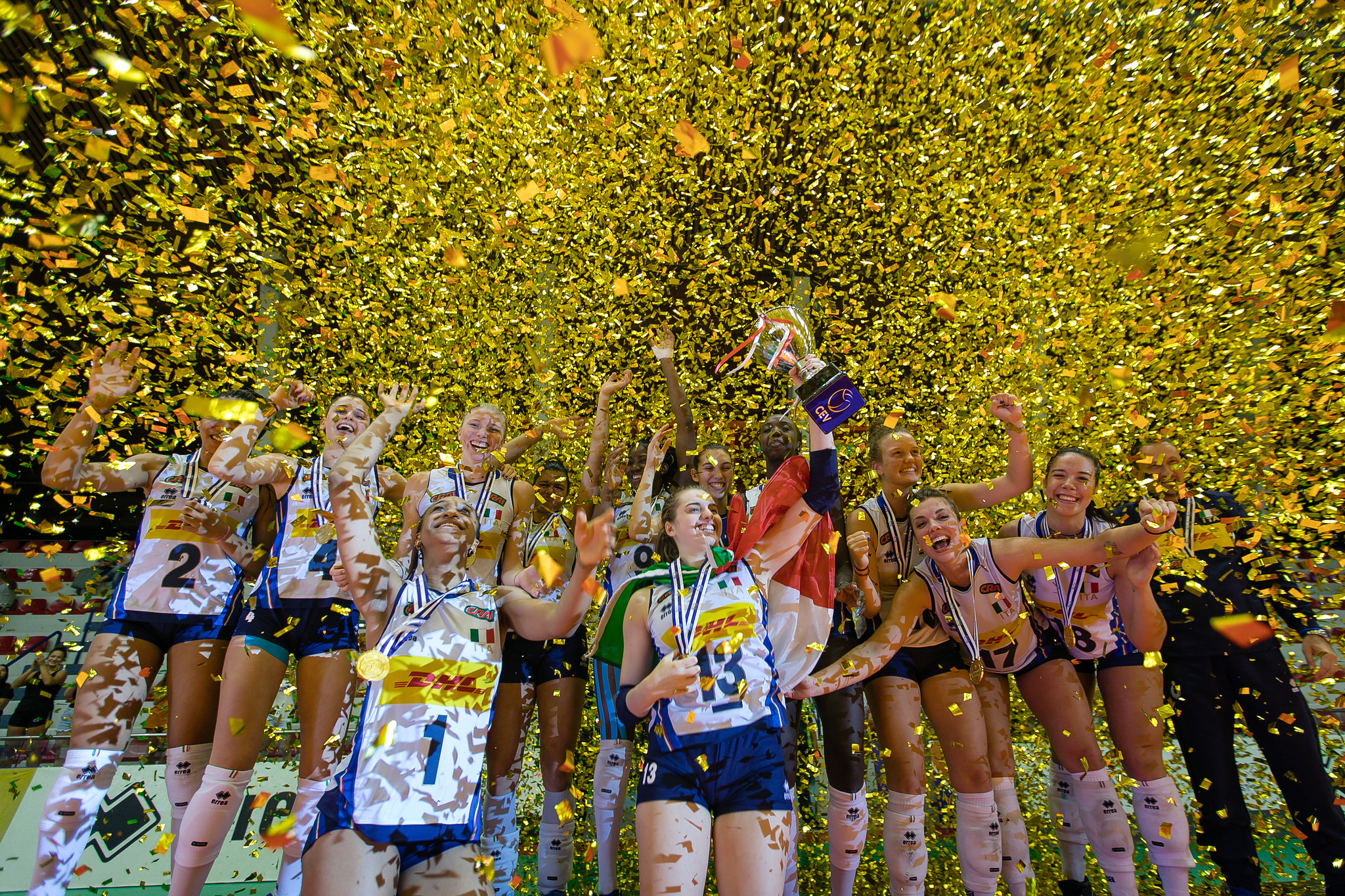 Veliaj ne finalen e kampionatit evropian te volejbollit per femra (2)