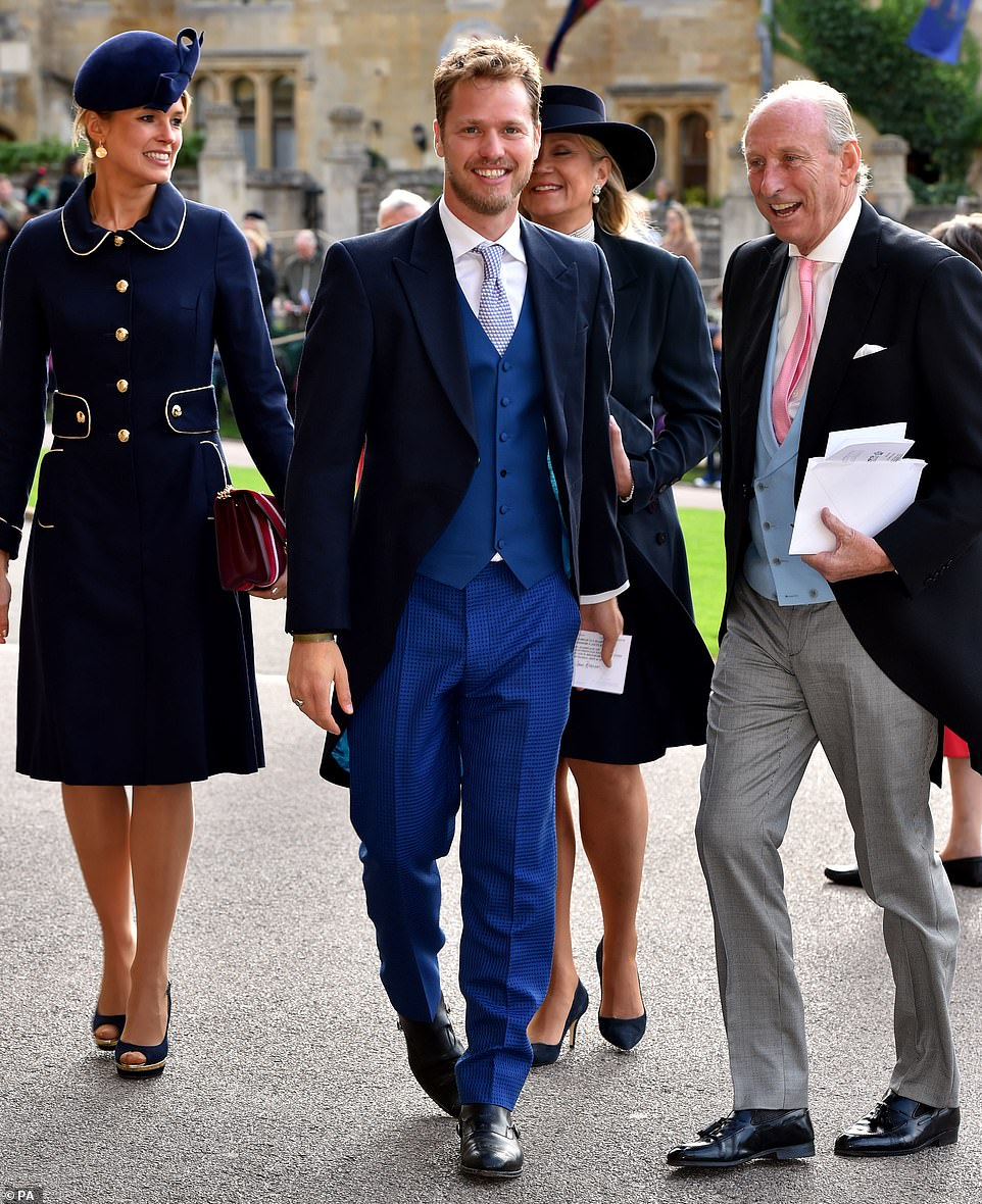 4982438-6268613-Actor_Sam_Branson_showcased_blue_checkered_trousers_and_a_navy_j-m-68_1539336444826