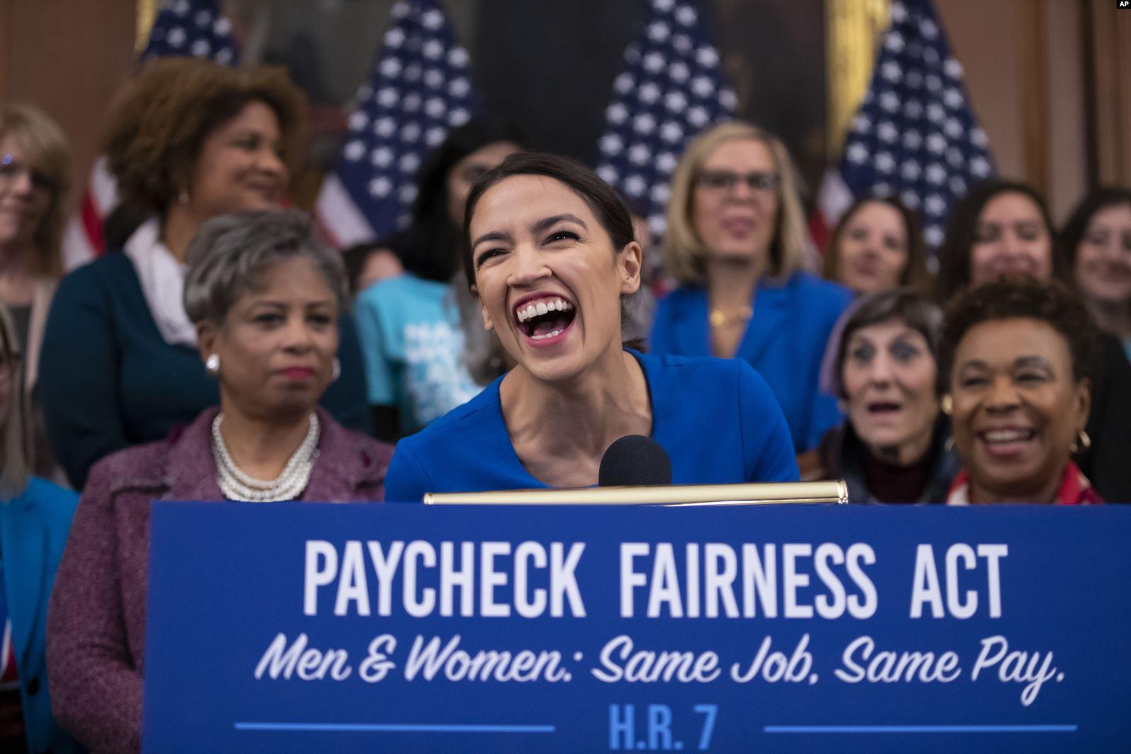SHBA: Dikur ishte fjalë e ndyrë, tashmë socializmi po rikthehet…