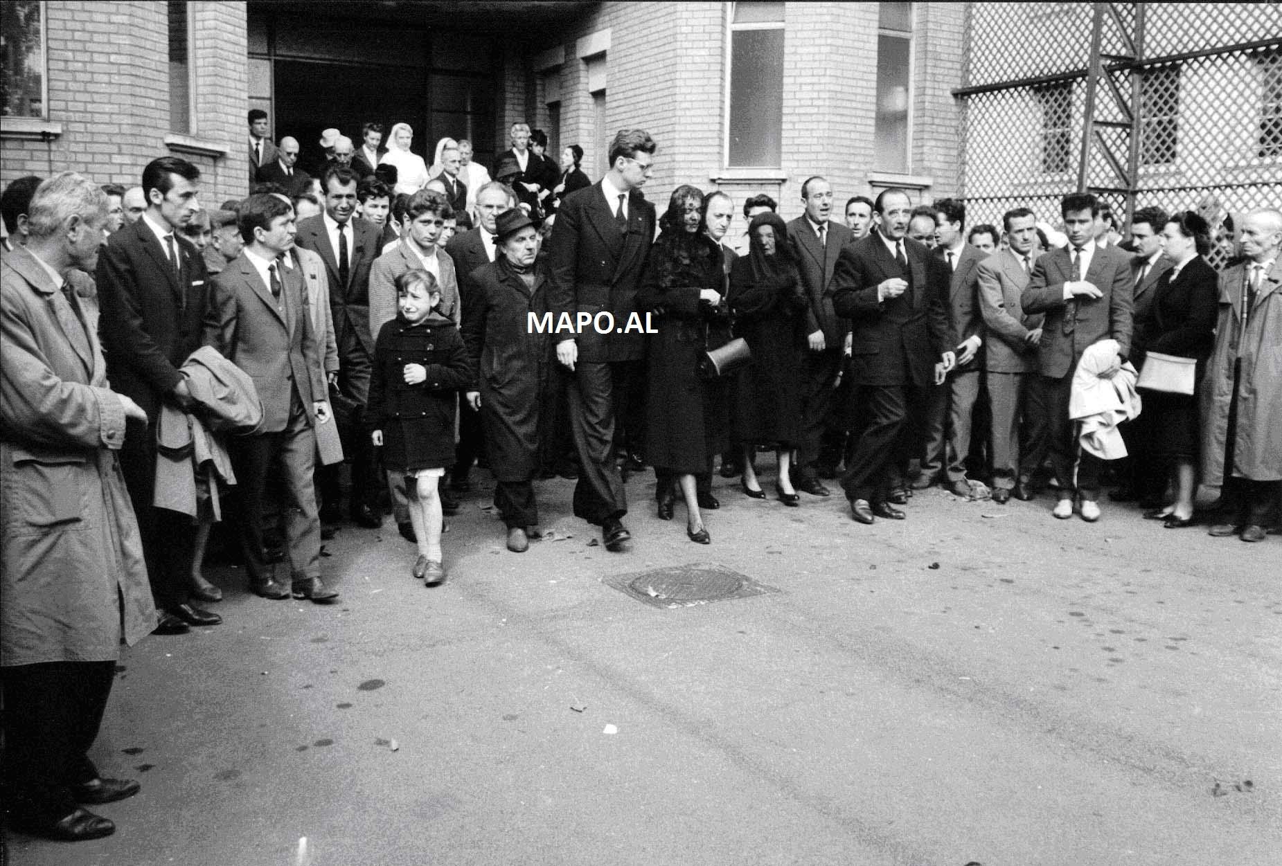 1961 Vdekja AZ 6