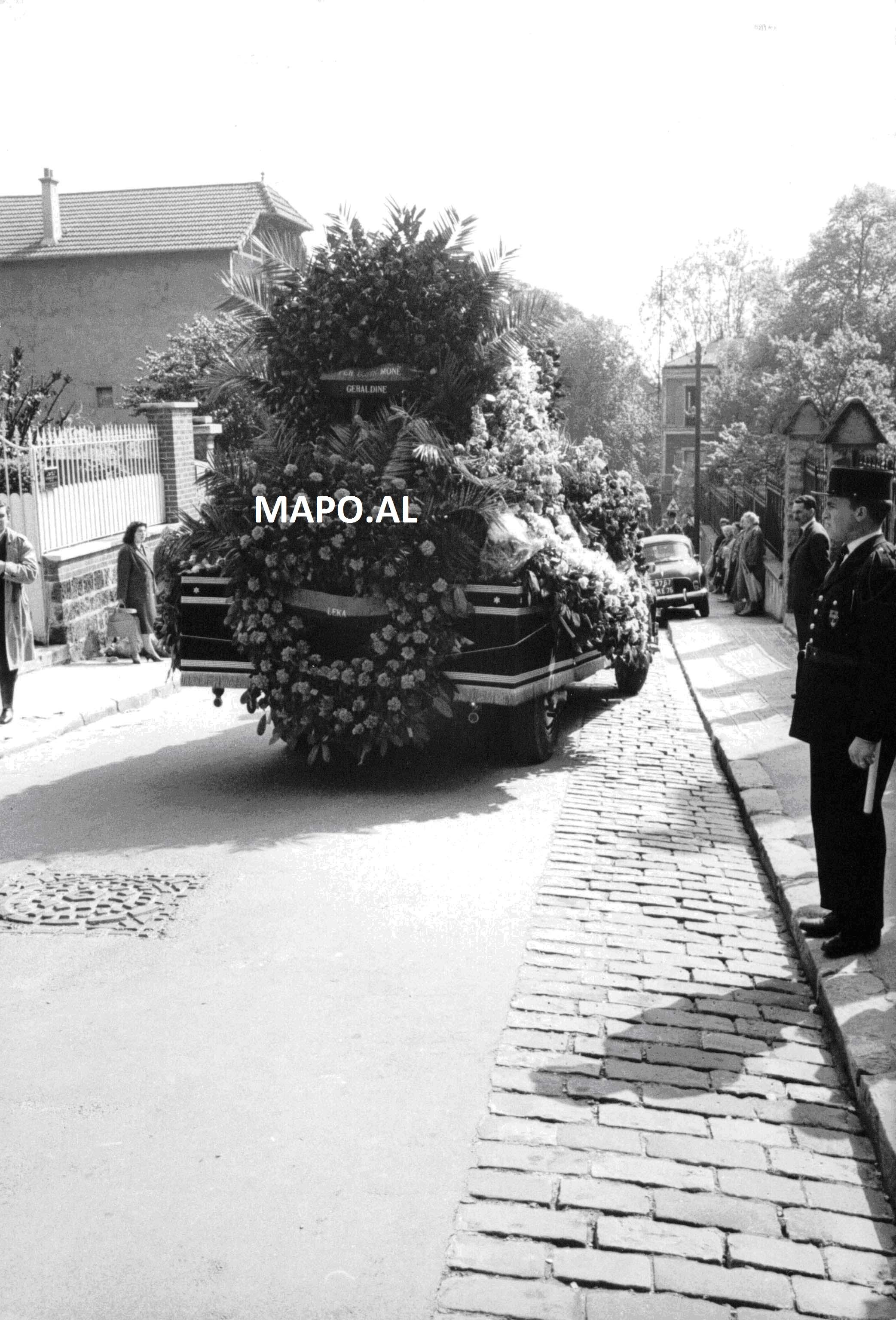 1961 Vdekja AZ 7