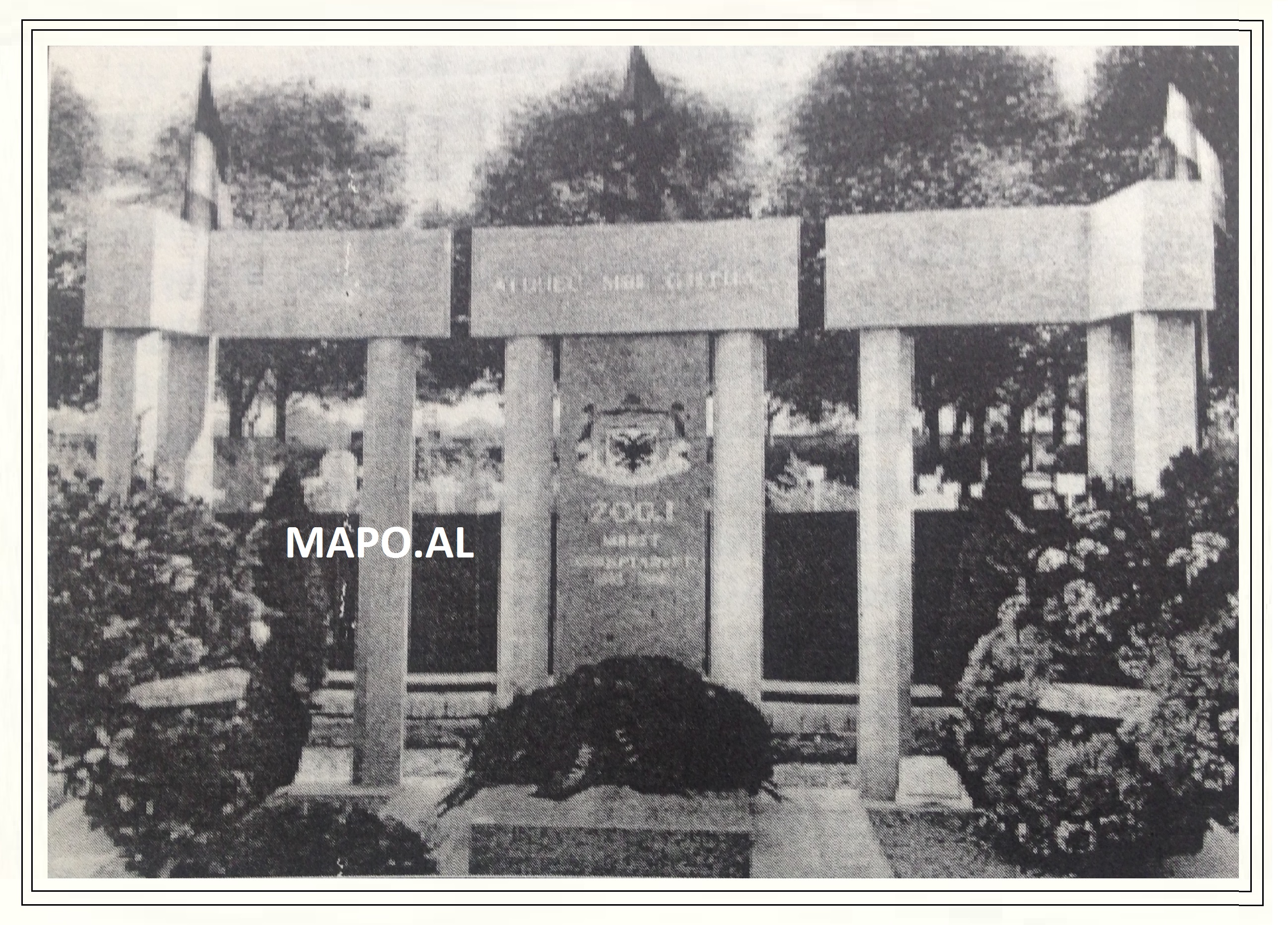 1970 Varri i Mbretit Zog ne Thiais Parisien - France