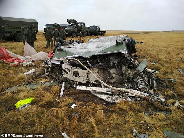 18811312-7493437-Russia_s_Defence_Ministry_said_nobody_was_on_board_the_transport-a-20_1569223291884