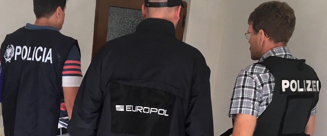 Gazeta holandeze: Europoli s'funksionon në një vend ku drejton krimi