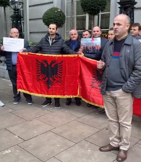 shqiptaret proteste ne londer1