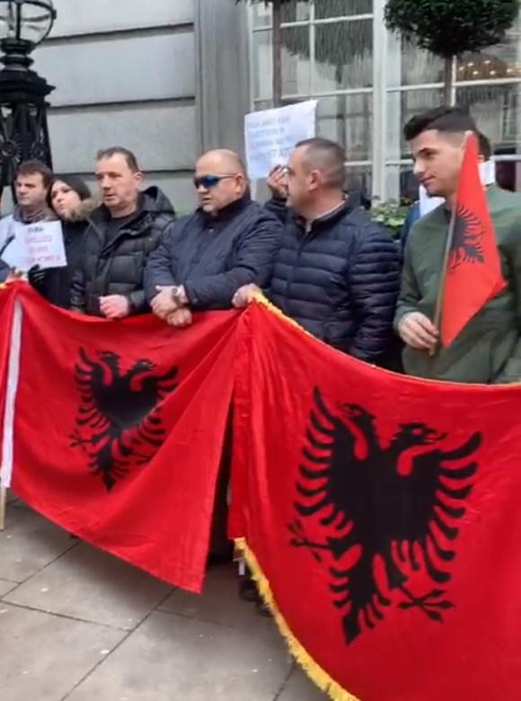 shqiptaret proteste ne londer2