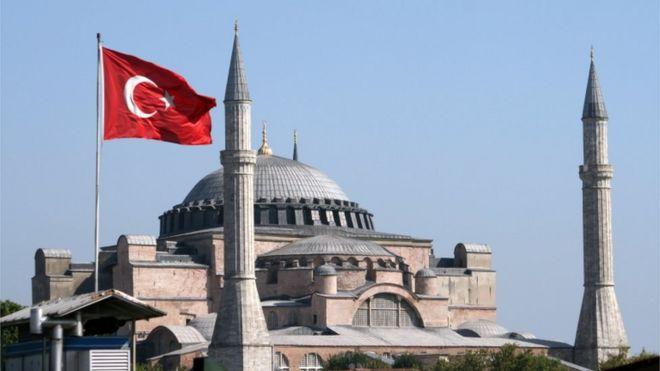 Aya Sophia  Muzeu ikonik i Stambollit  mund të kthehet në xhami