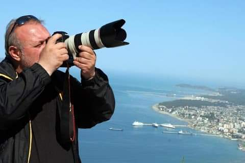 Fjalëpaku Arben Çeli' - Shqipëria humbi një fotoreporter jo të zakonshëm -  Gazeta Mapo