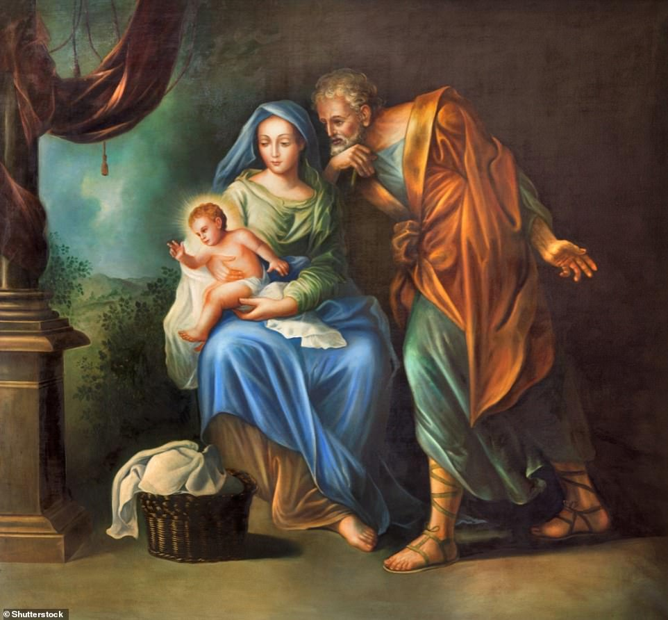 36000640-8977437-The_Holy_Family_painting_in_church_Convento_de_Capuchinos_Iglesi-a-8_1606137924093