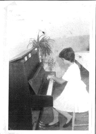Elida me klase te trete, me provimin e pianos- saxho1