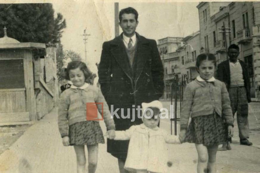 Gjyshi-Isa-Myshketa-me-vajzat